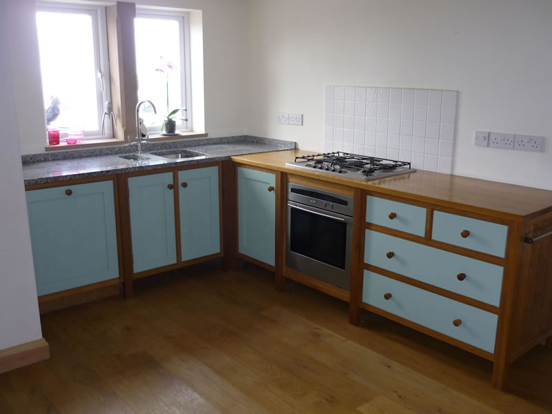 Bespoke Kitchens Cabinets Drawers Work Surfaces And